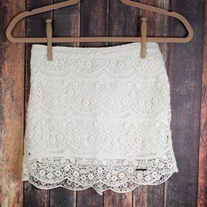 Abercrombie & Fitch White Lace Skirt XS